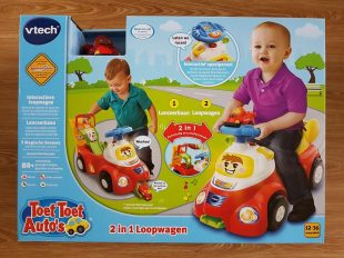 toet-toet-autos-2-in-1-loopwagen-doos