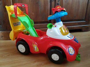 toet-toet-autos-2-in-1-loopwagen-inelkaargezet