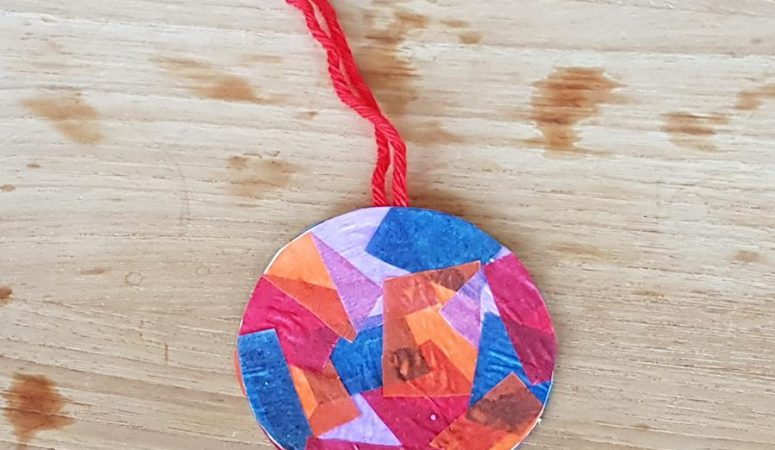 Gastblog Sien en Co: DIY Kerstbal van papier Knutselen